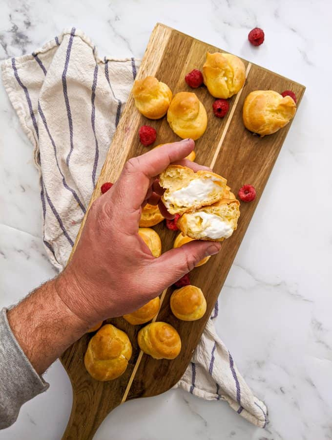 Dwardcooks Light Cream Puffs