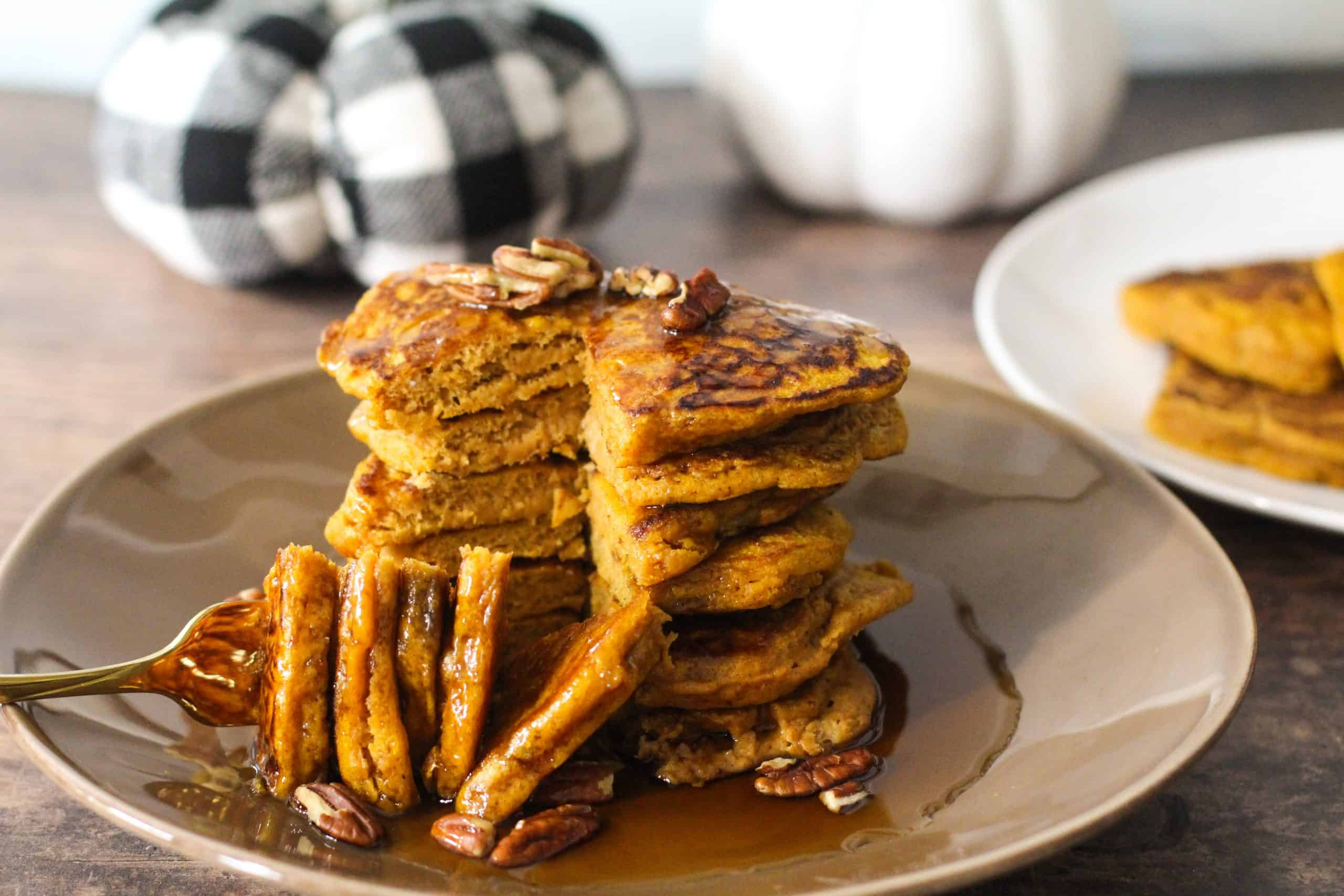 Dwardcooks healthy pumpkin pancakes